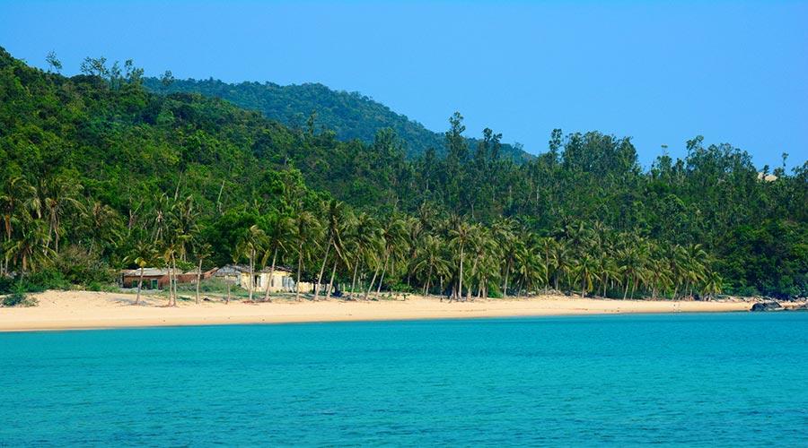 Cham Island beach tour