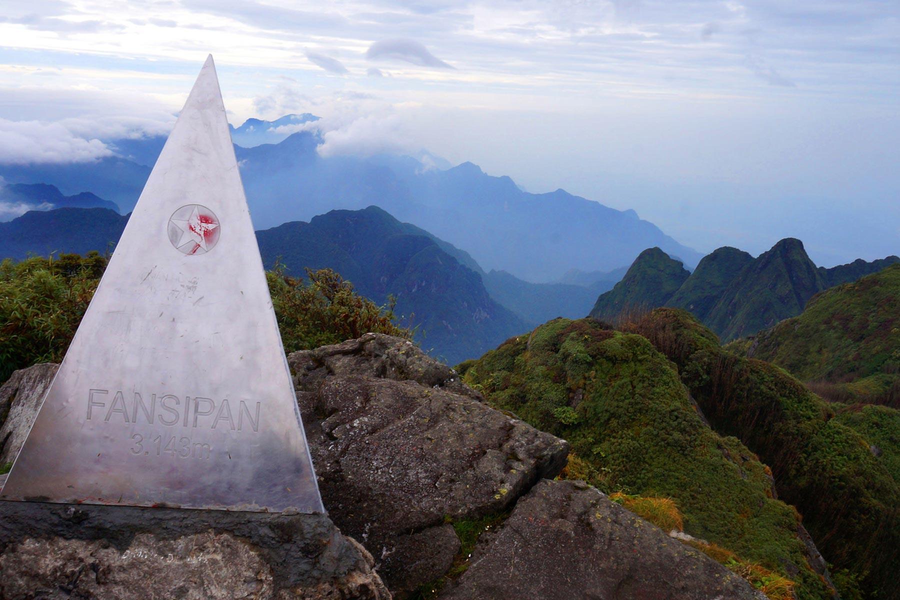 Fainsipan 1 day tour to the peak