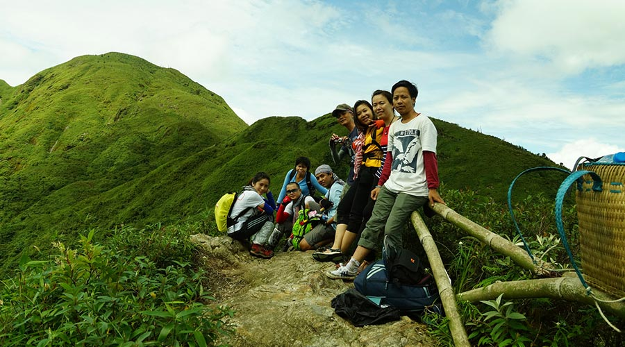 Fansipan trekking group
