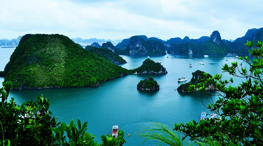 Halong Bay cruise in Vietnam top 10 things to do