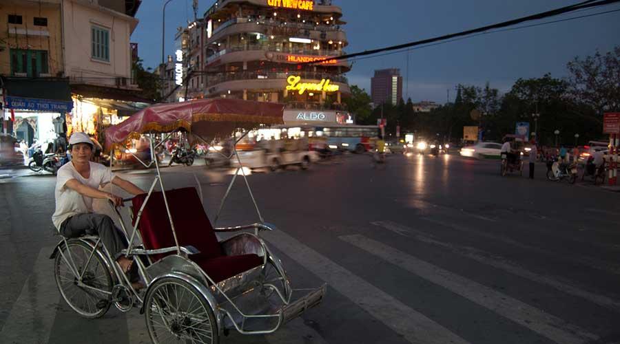 Hanoi evening cyclo tour