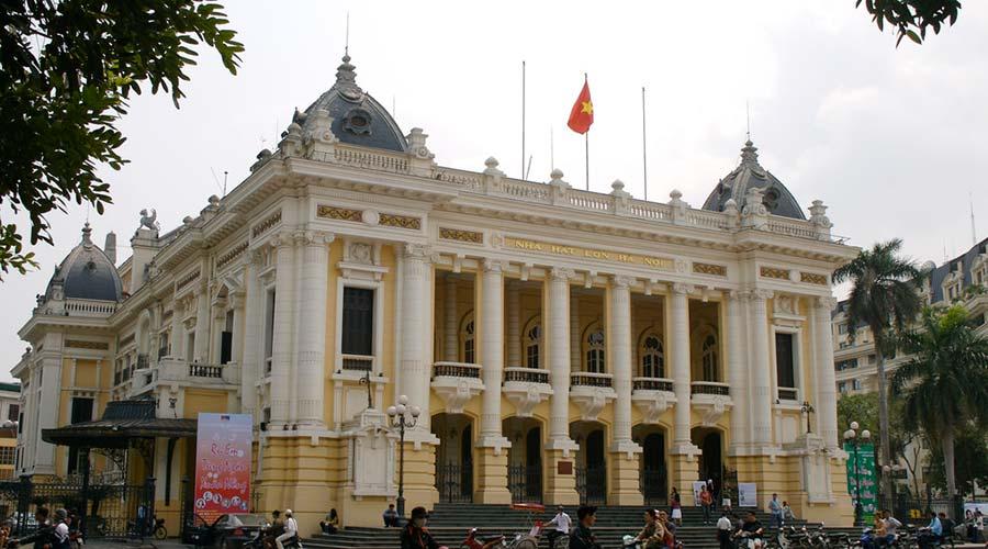 Hanoi opera house city tour