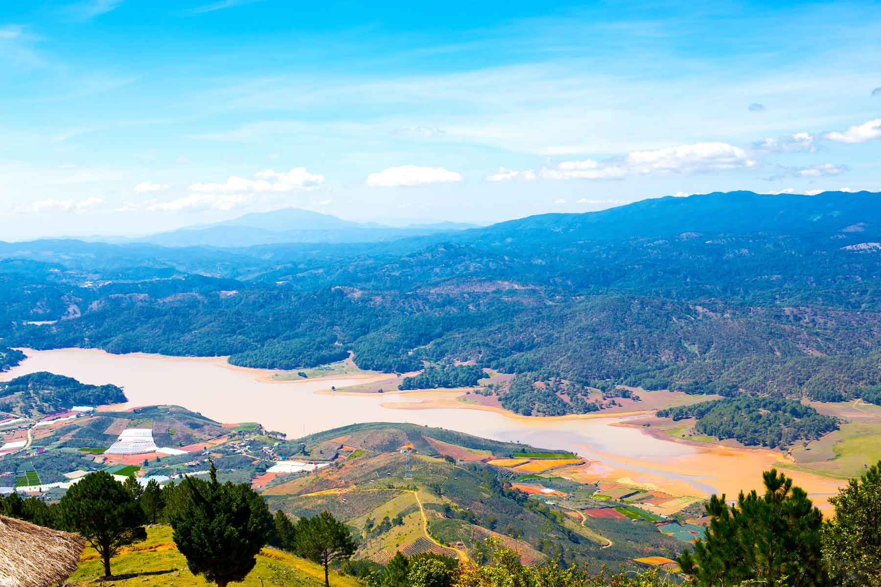 hiking and biking in Dalat to Langbiang mountain