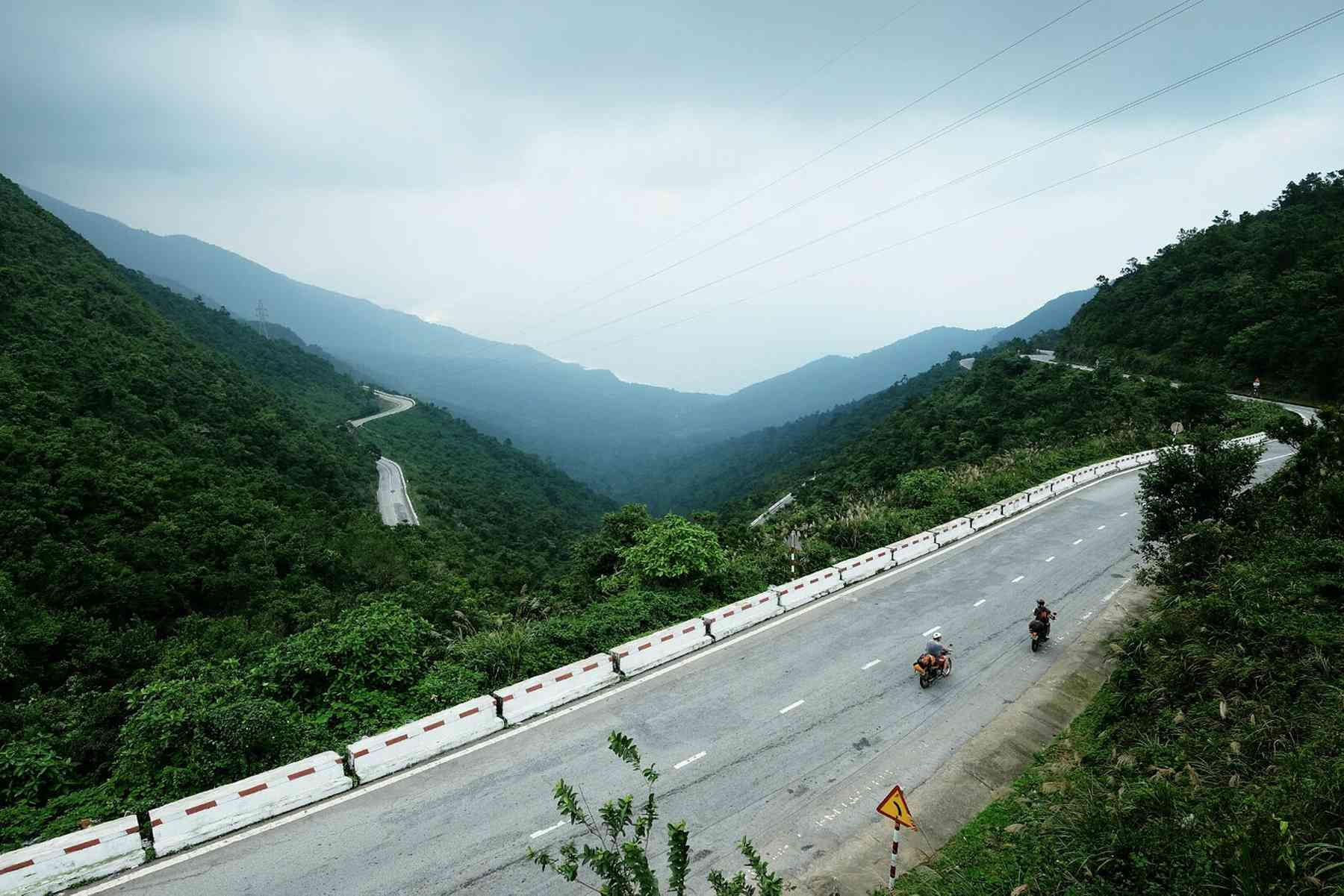Hai Van pass by Easy Rider tour from Hoi An