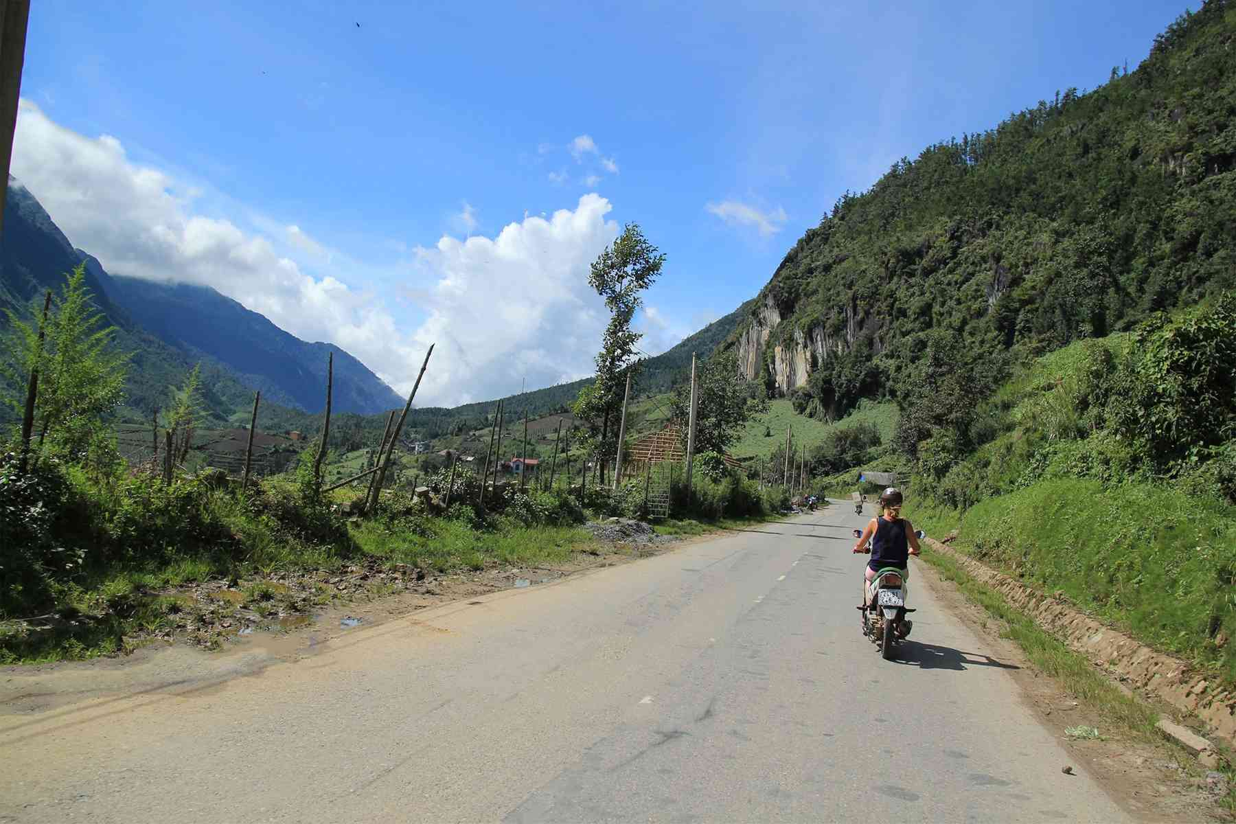 Sapa motorbike day tour