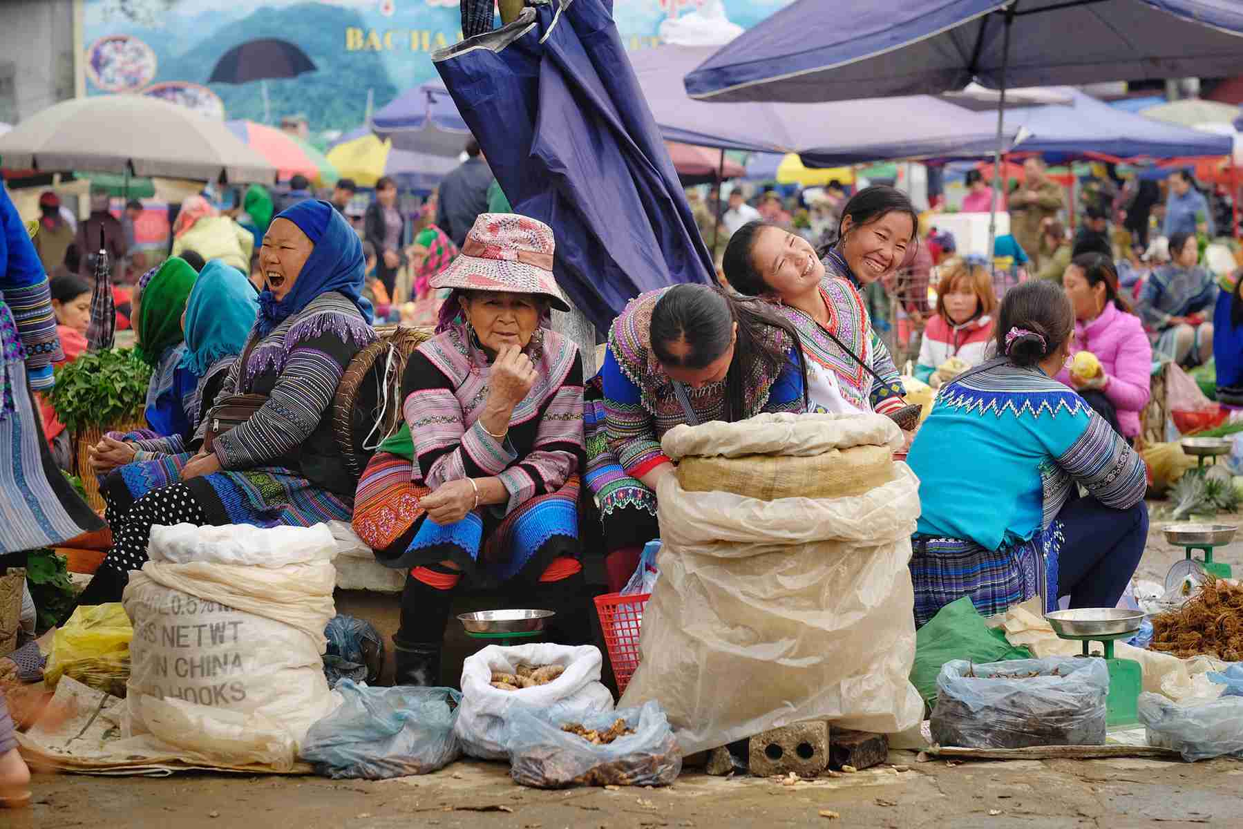 tour to Bac Ha Market