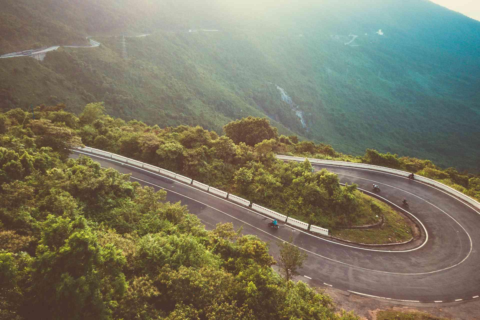 Hai Van Pass motorbike