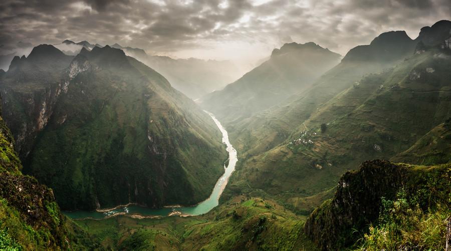 Mã Pí Lèng Pass in Vietnam